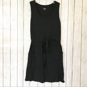 MERONA Dress with Pockets Size: Medium
